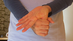 指のストレッチ4