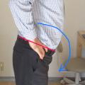 肩こり、首こり、背中こりは股関節痛に!