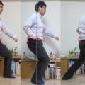気功的和の身体法。武術姿勢は脚が長く見える。