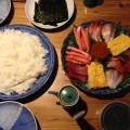 手巻き寿司食べました。プレゼント貰いました。ありがとうございます。